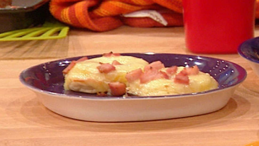 Bill Bellamy S Ham And Pineapple English Muffin Pizza