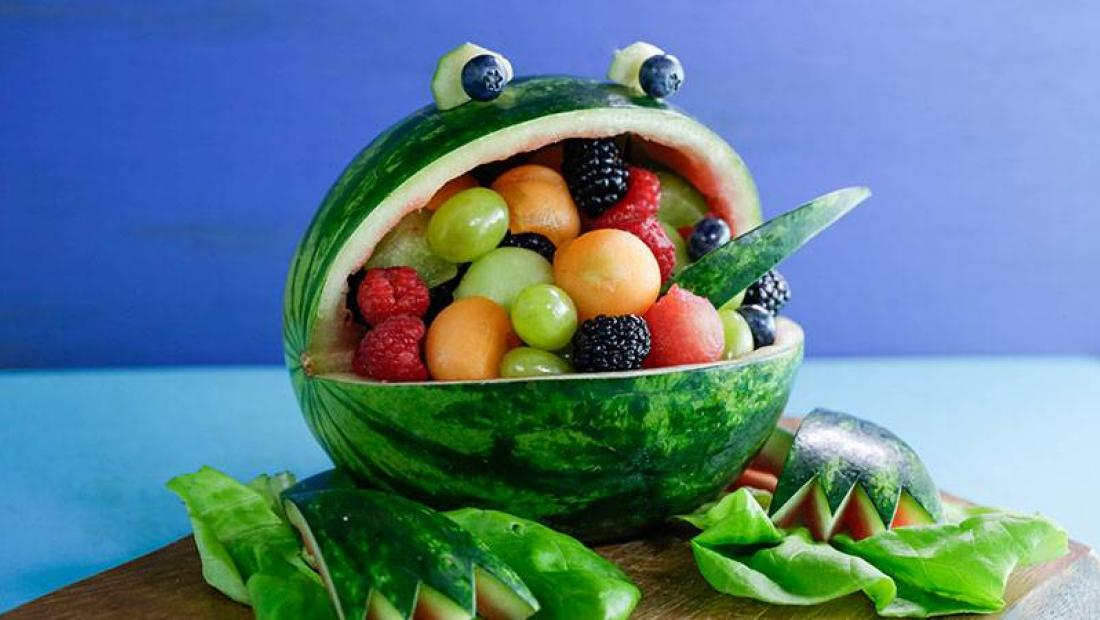 Awesomely creative ways to make edible watermelon art for july