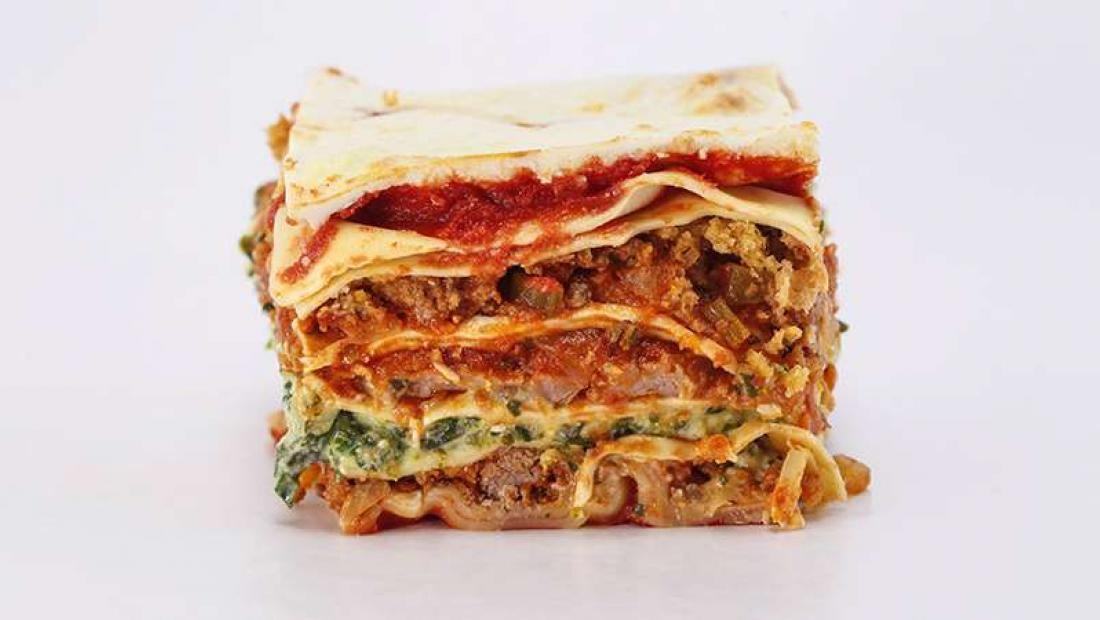 Mamma Leone Style Meat Spinach And Sausage Lasagna Rachael Ray Show