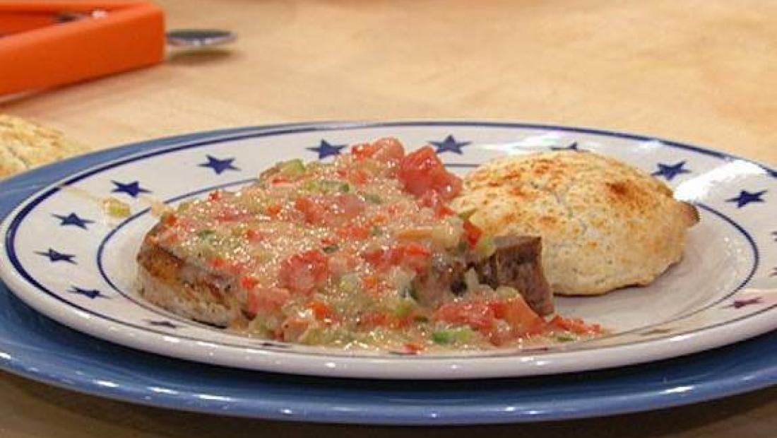 Pork Chops Or Chicken With Biscuits Tomato Gravy Rachael Ray Show