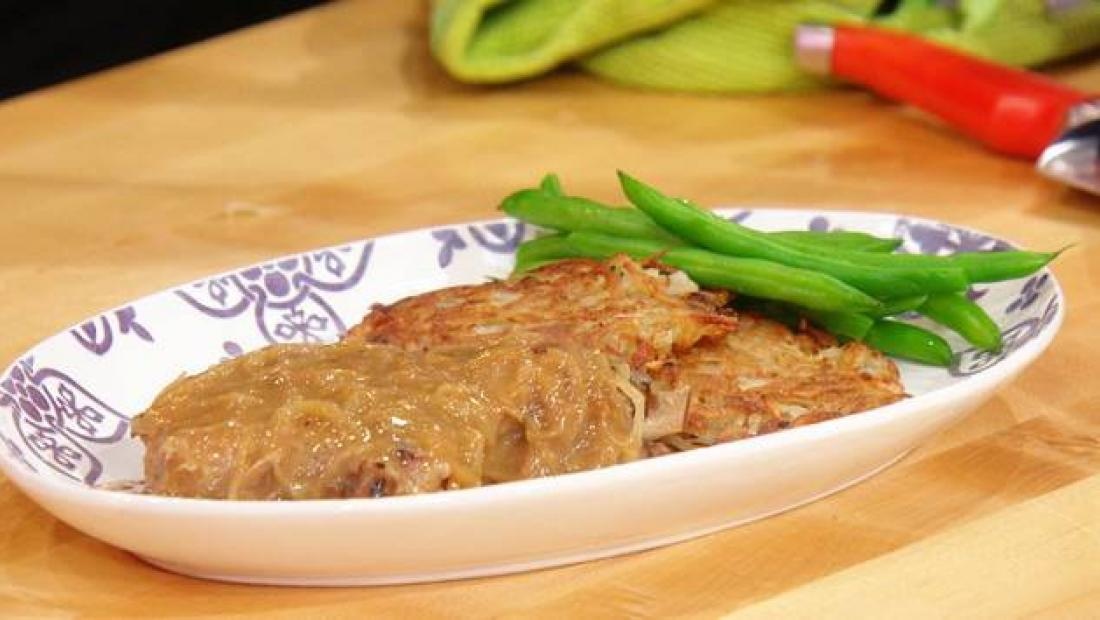 Pork Chops In Mulled Cider Brine With Onion Gravy Rachael Ray Show