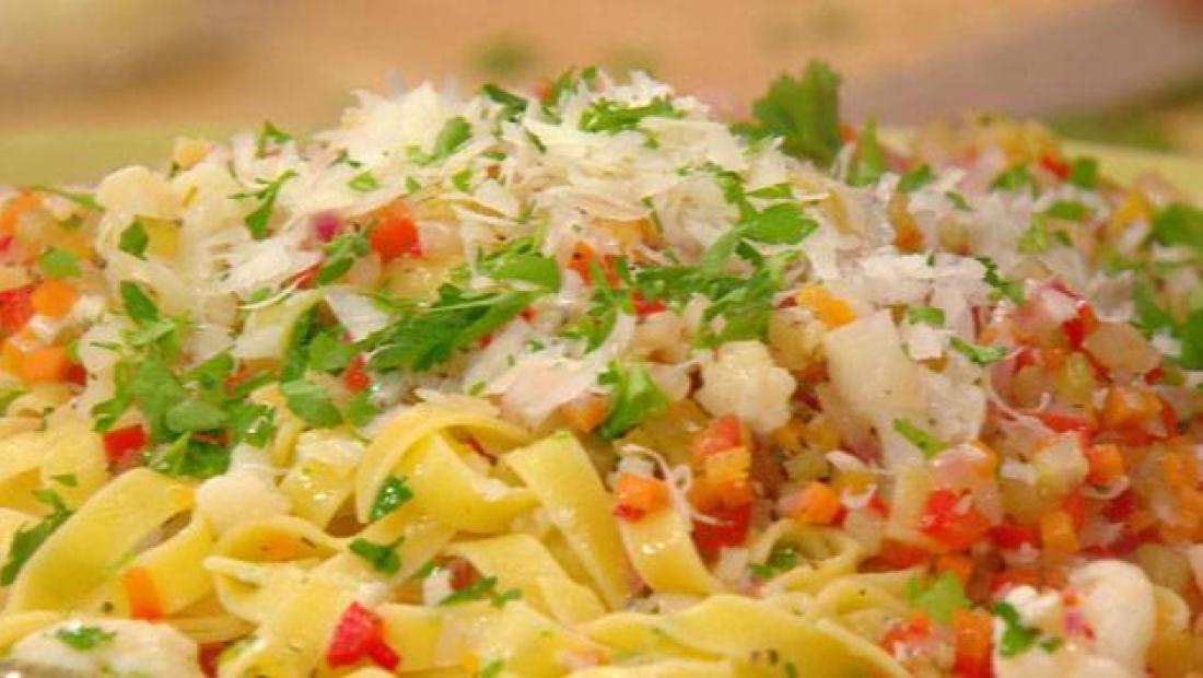 Pasta With Giardiniera Sauce Rachael Ray Show