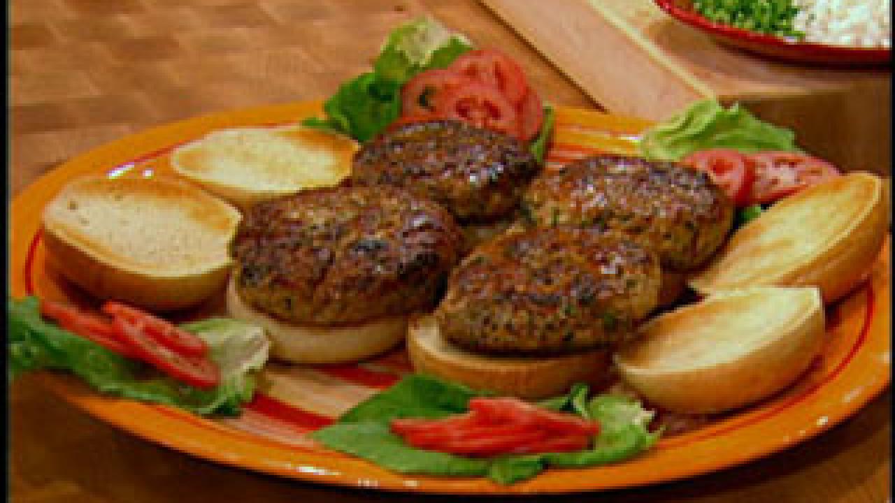 Maya S Mayan Spiced Chicken Burgers Rachael Ray Show
