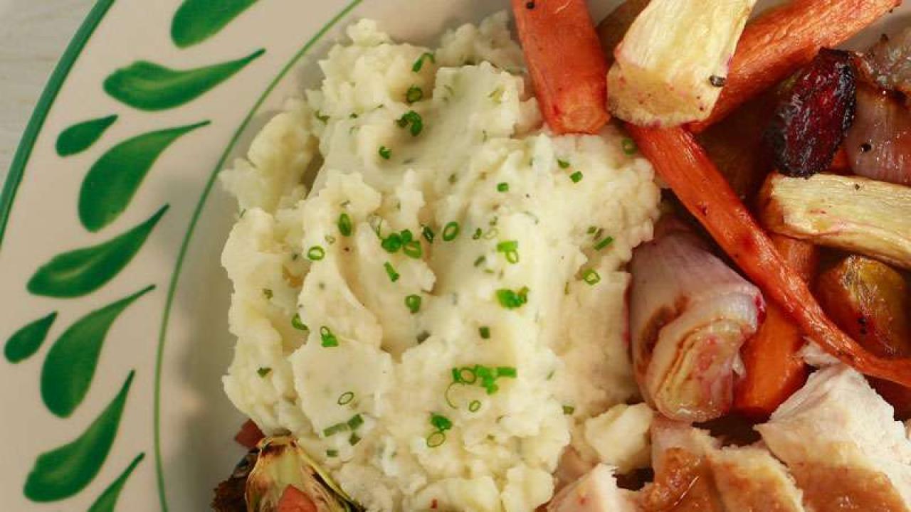 Jacques Pépin's Garlic Mashed Potatoes