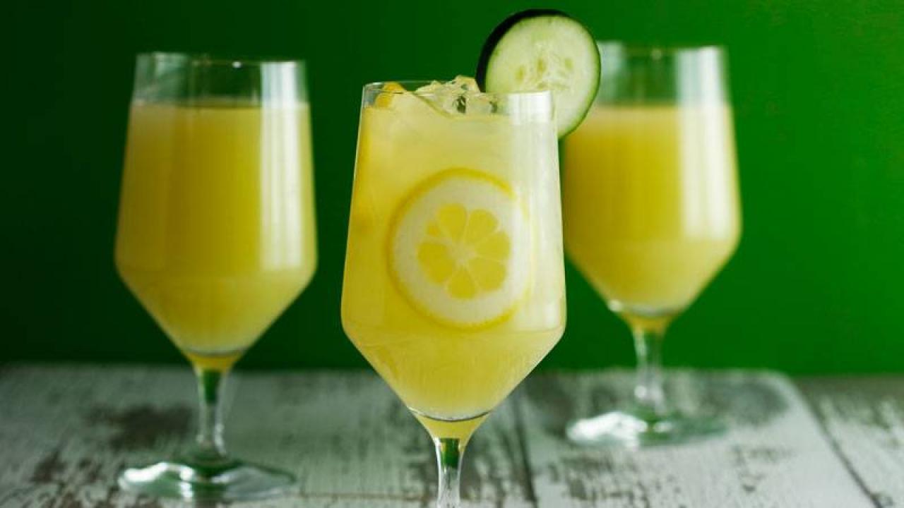 Andrew Zimmern's Cucumber-Mint Lemonade