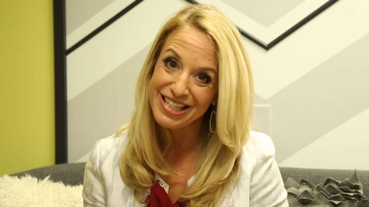 Backstage Pass Bonus Tips From Sex Therapist Dr Laura Berman Rachael Ray Show