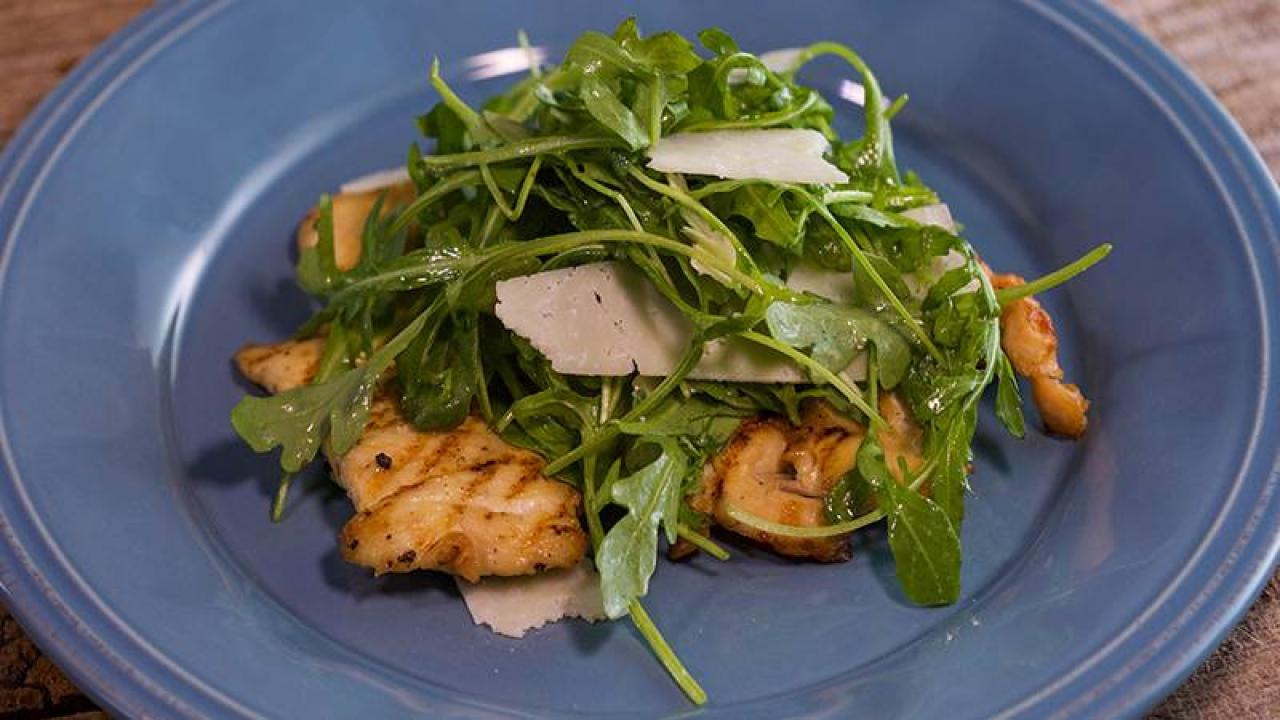 Katie Lee S Grilled Chicken Paillard With Arugula And Shaved Pecorino Rachael Ray Show