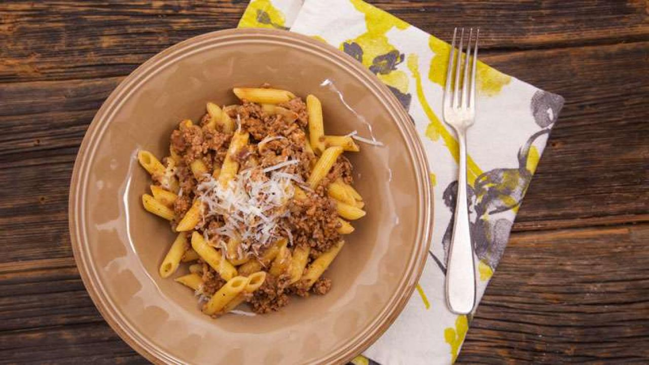 Curtis Stone S 8 Minute Bolognese Rachael Ray Show