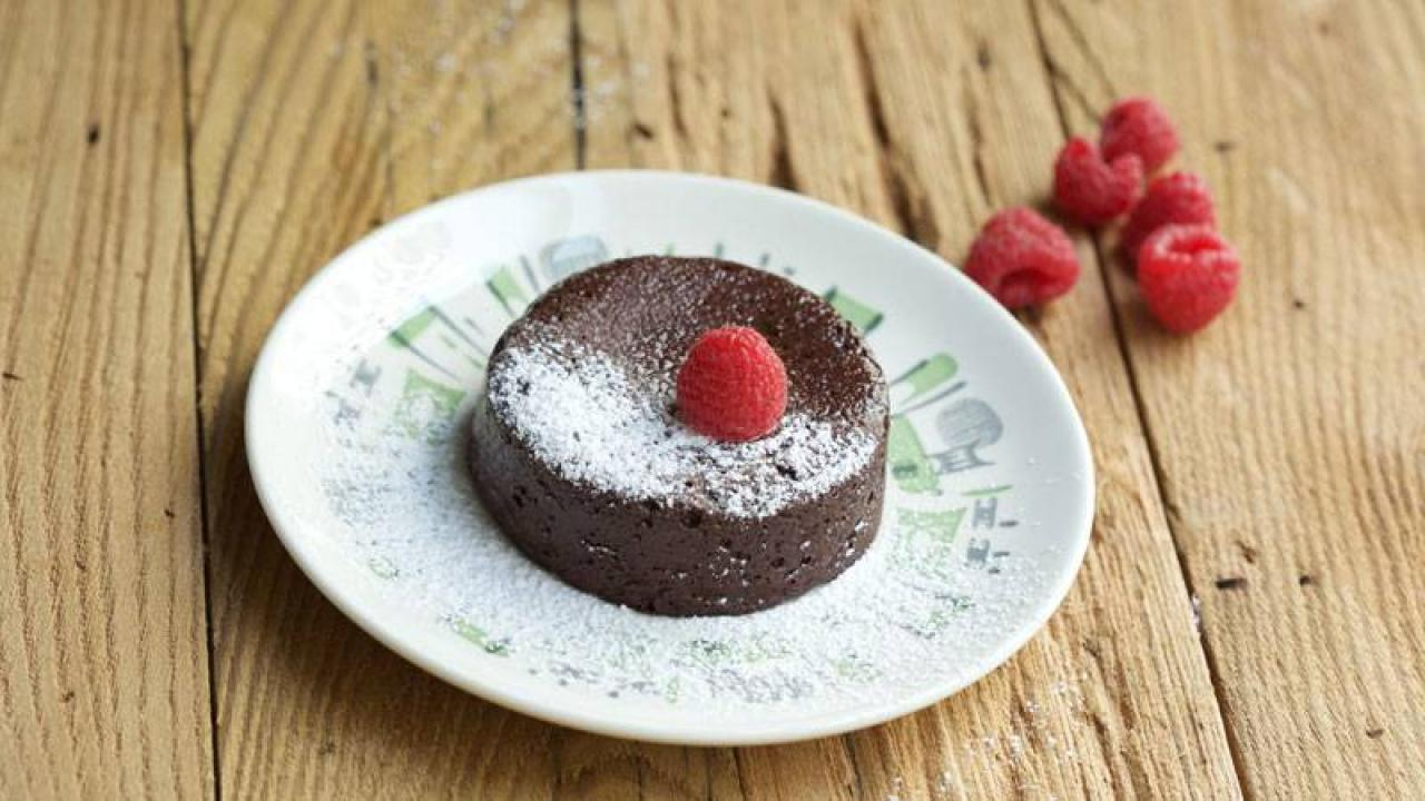Devin Alexander S Chocolate Not Only In Your Dreams Cake Rachael Ray Show