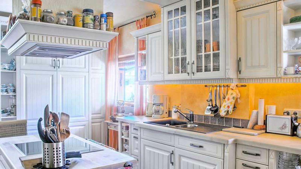 Kitchen Redo: Farmhouse Cabinets With White Paint + Wallpaper | Rachael Ray  Show