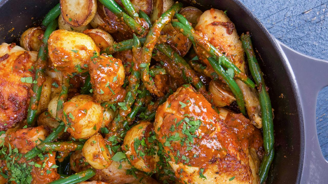Rachael S Spicy Honey Mustard Chicken With Potatoes And Green Beans Rachael Ray Show