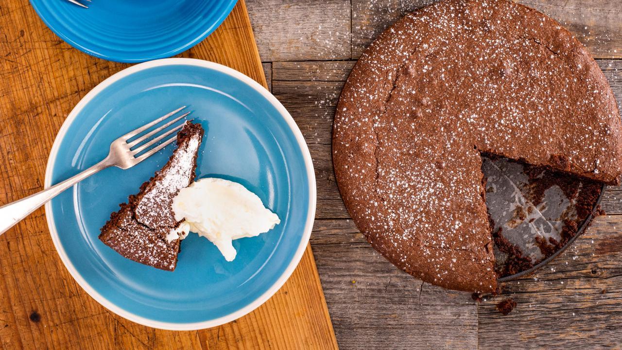 Giada S Torta Caprese Italian Chocolate Almond Cake