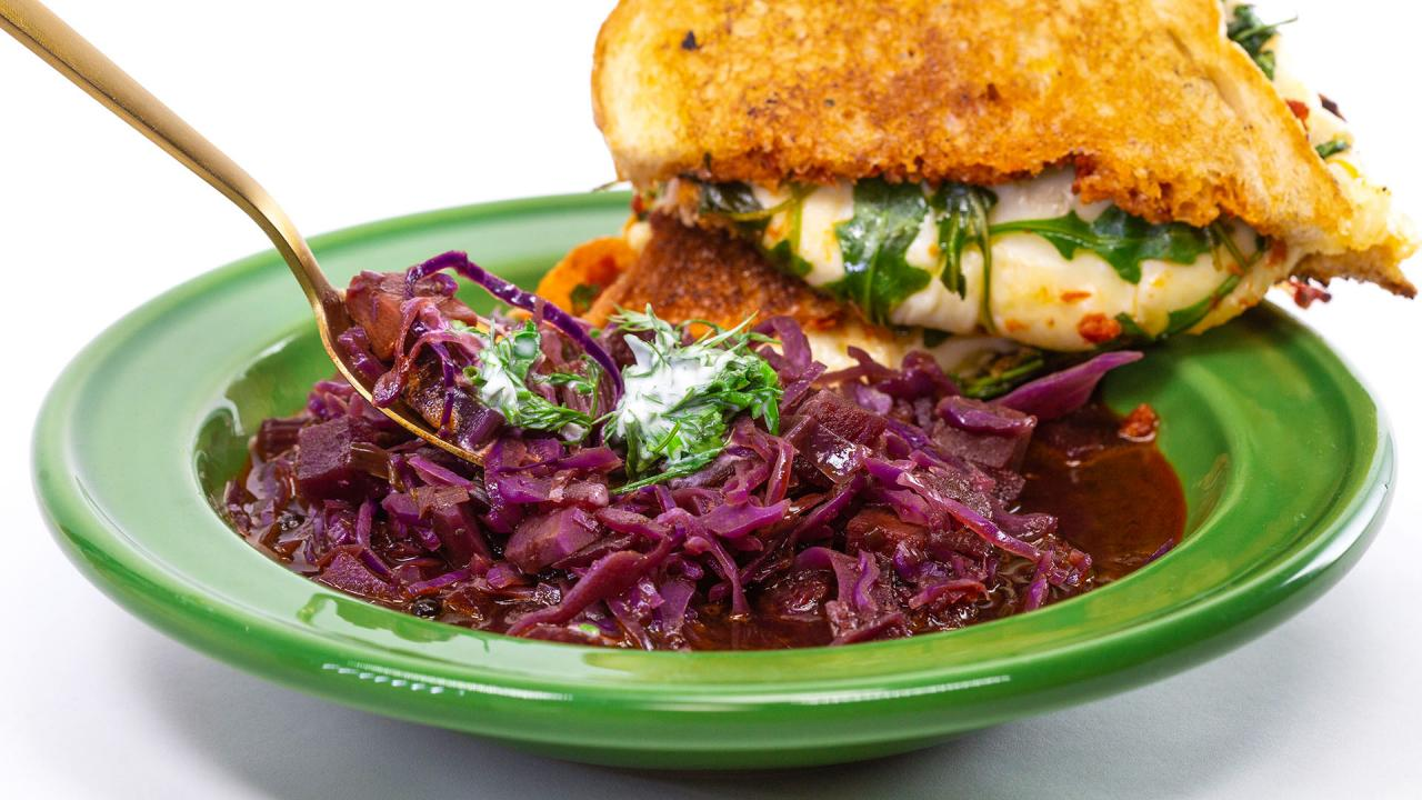 Rachael S Red Cabbage Soup Rachael Ray Show