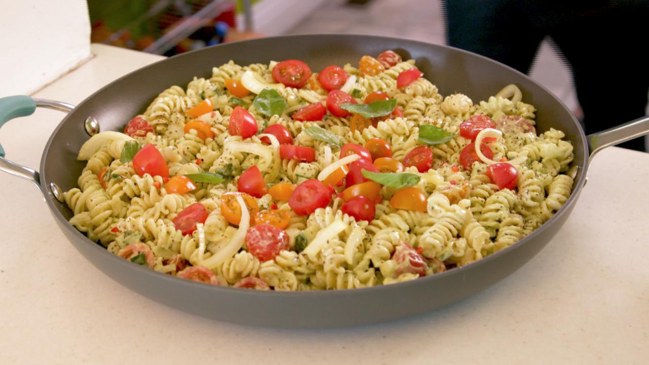 Green Goddess Pasta Salad With Avocado Sauce Recipe