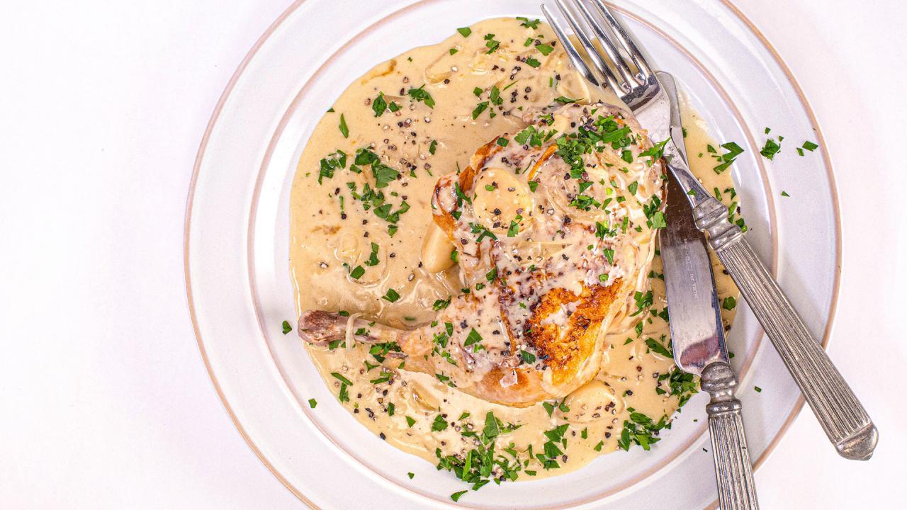 Slow Cooker White Wine Chicken With Garlic & Tarragon Recipe
