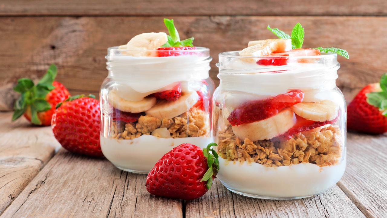 Start Your Day With This Almond Butter-Banana Bread Granola Parfait