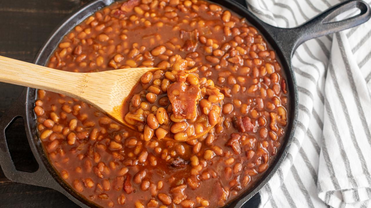 BBQ Side Dish: Rach's Skillet Barbecue Beans