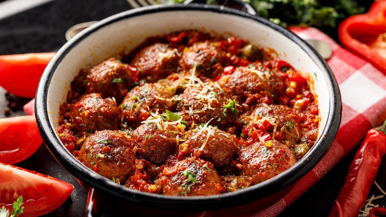 Juicy Meatballs Recipe | Spaghetti & Meatballs