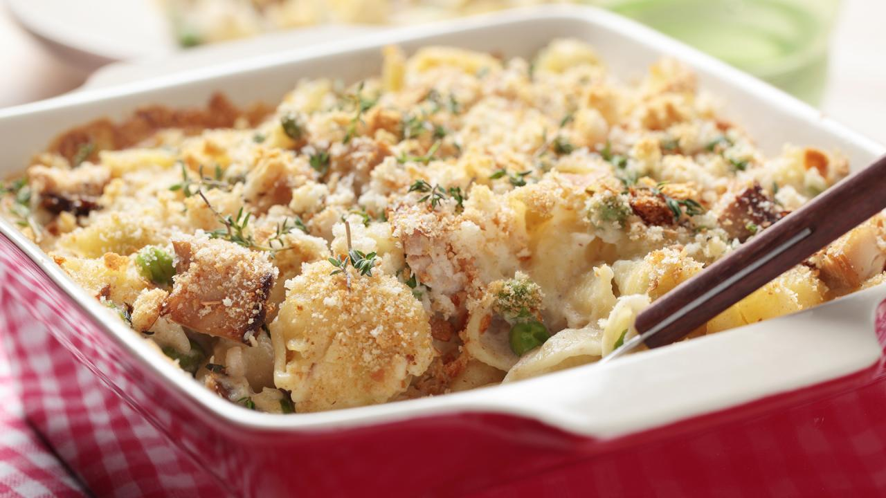 How To Make Tuna Or Chicken Casserole | Rachael Ray