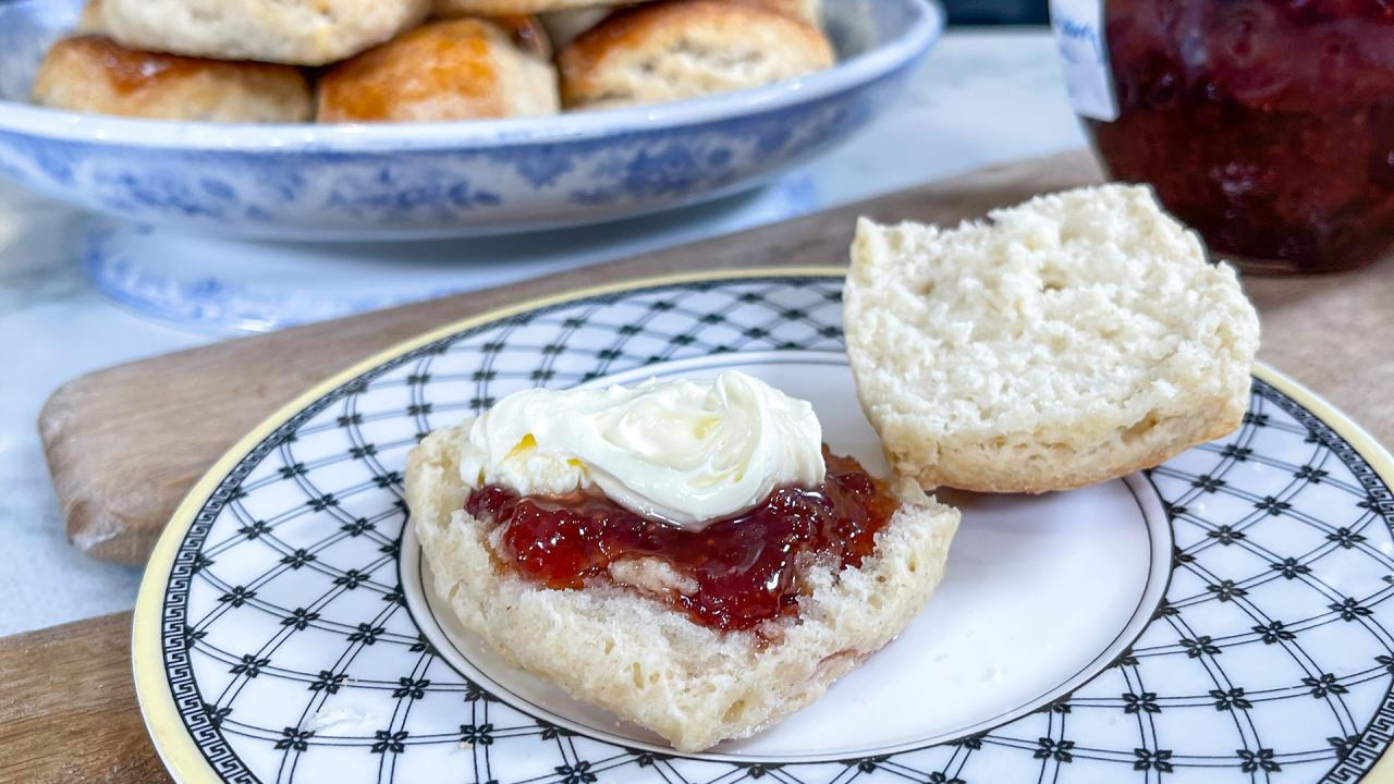 Scones With Jam And Clotted Cream Recipe From Rosemary Shrager Rachael Ray Show