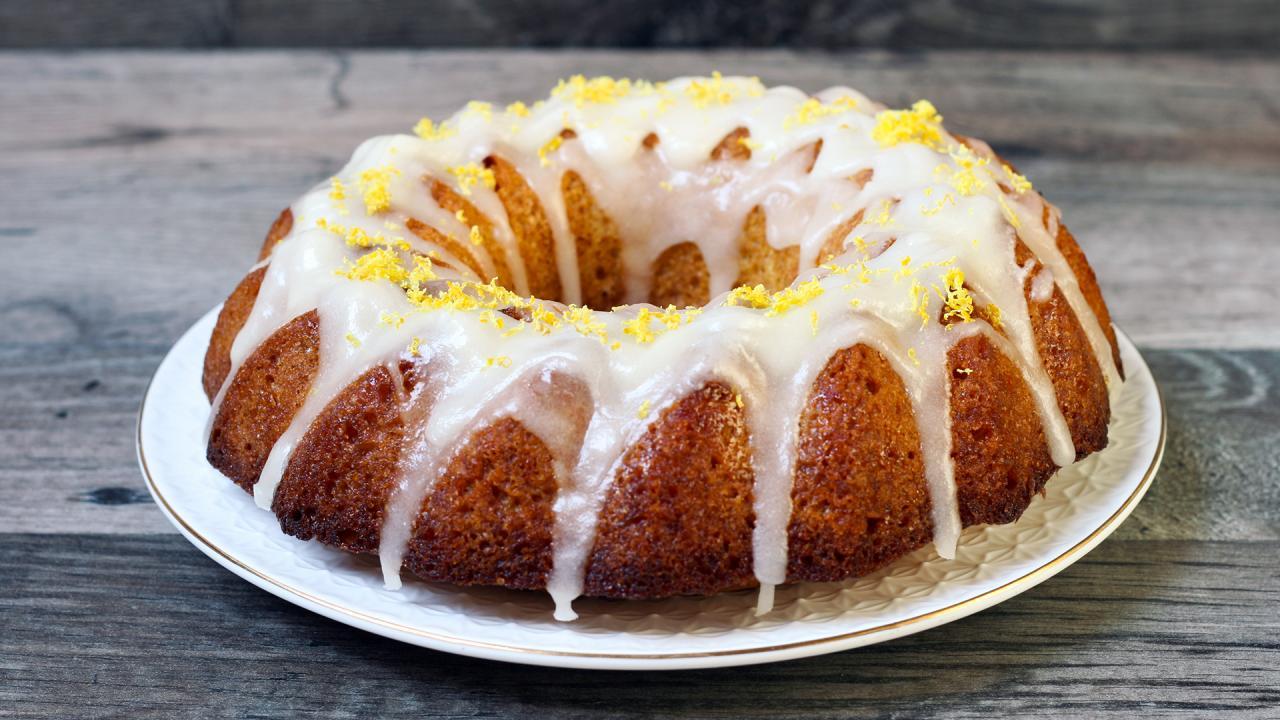 Shortcut Lemon Bundt Cake