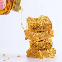 peanut butter and honey blondies