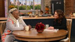 Whoopi Goldberg and Rachael Ray