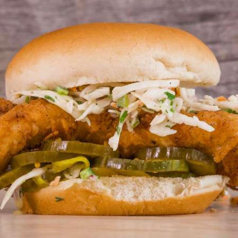 Rachael ray show rachaels fried chicken sandwich with hot ranch slaw forumfinder Image collections