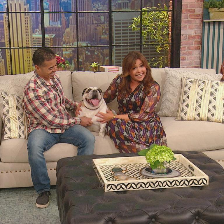 Rachael Ray and bulldog