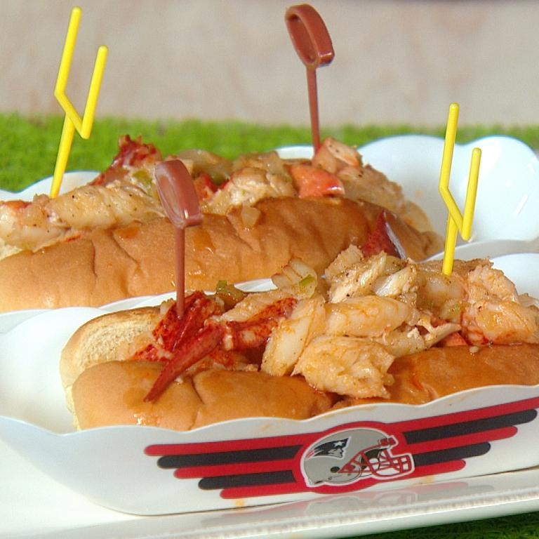 """Full Invasion"" Lobster Sliders"