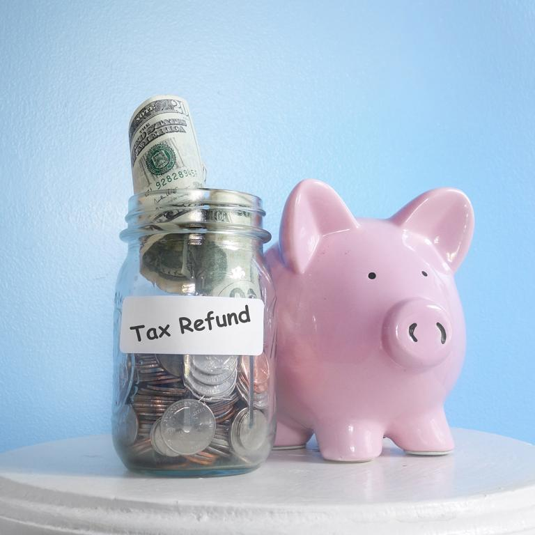 Piggy bank for your tax refund