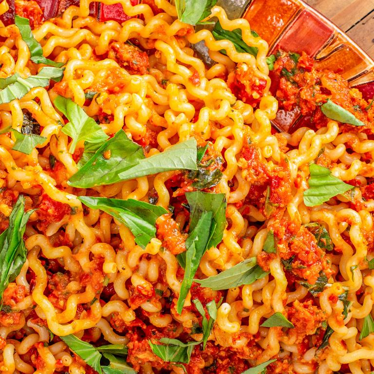 Rachael's Sundried Tomato & Roasted Red Pepper Sauce with Fusilli