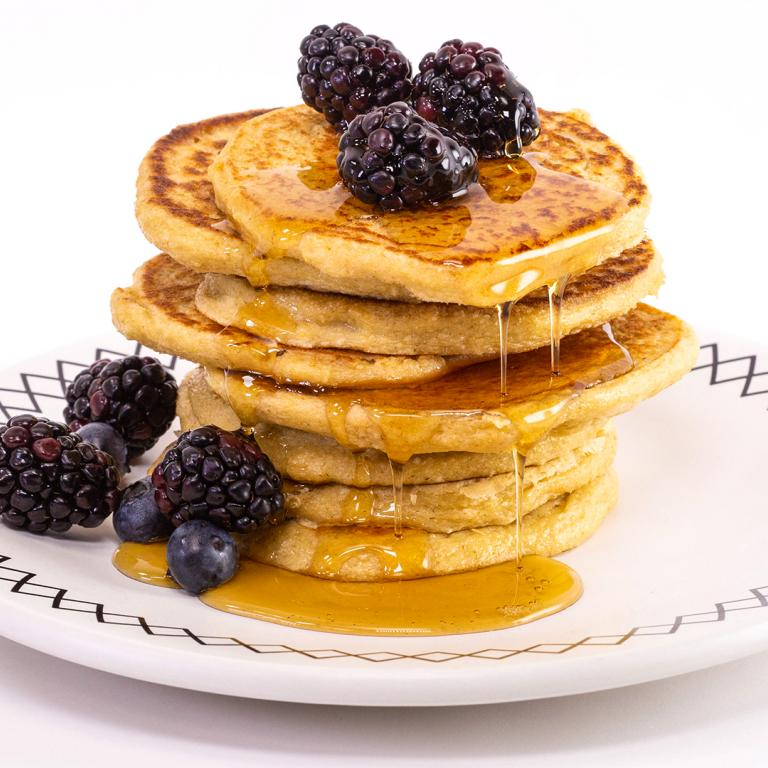Katie Lee's 5-Minute Blender Oat Pancakes