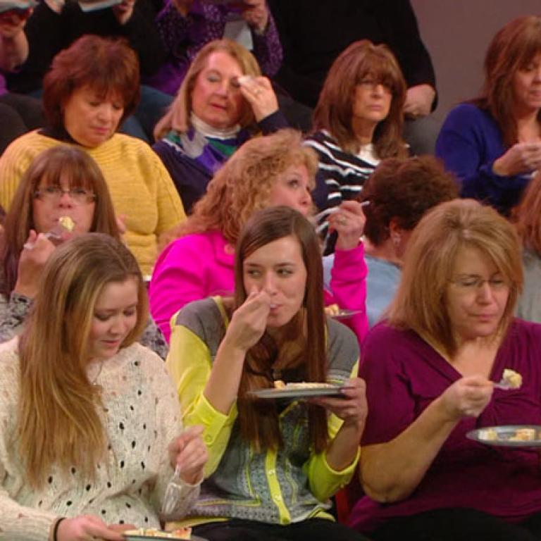 Cake Tasting Reactions from the Audience