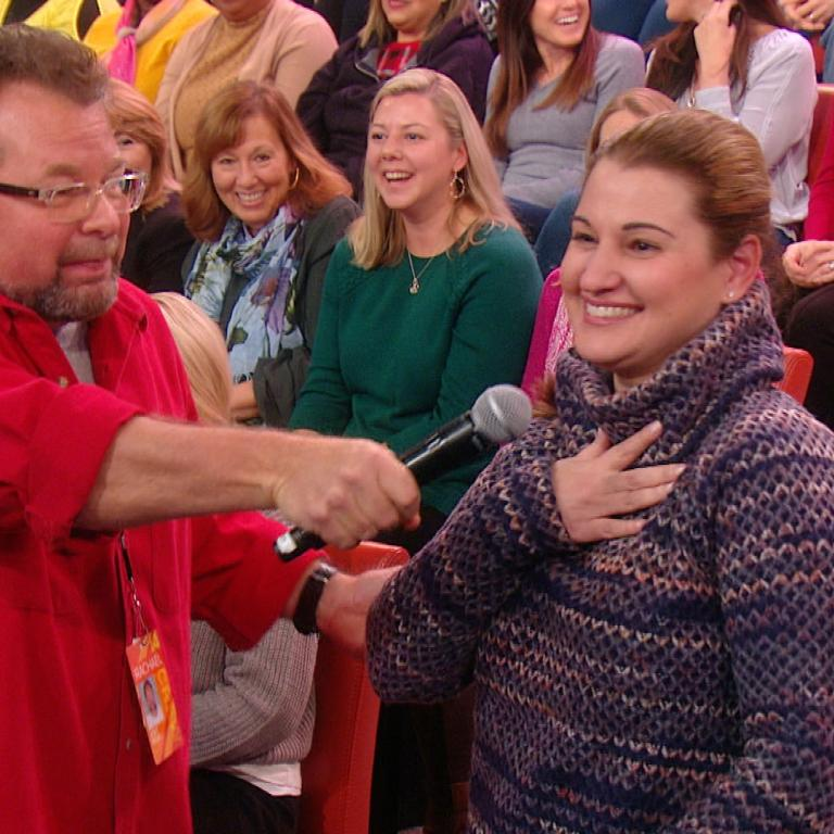 "Audience members wins ""Lucky You"" prize of a fridge on the Rachael Ray Show"