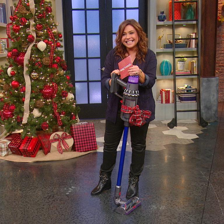 Rachael with Dyson giveaway