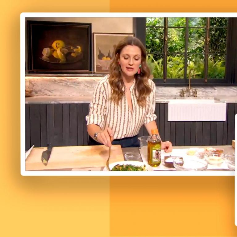 Rachael Ray and Drew Barrymore cook on The Rachael Ray Show.