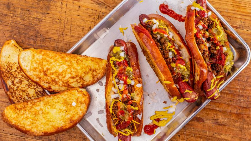 Rachael's Big, Bold Chili-Cheese Dogs