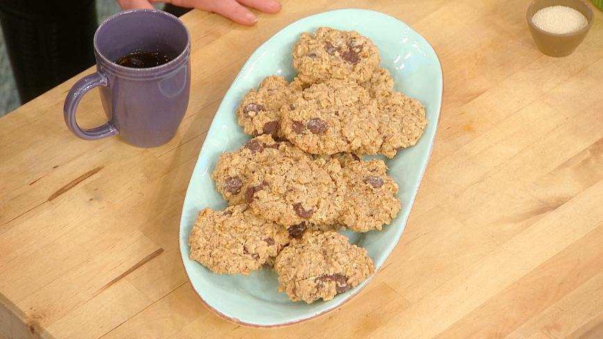 Daphne Oz's Lactation Cookies