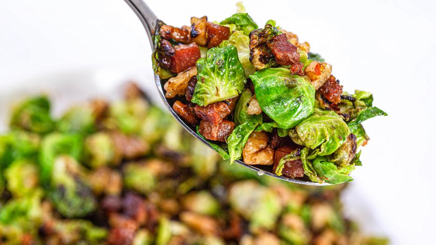 Anne Burrell's Crispy Brussels Sprouts With Pancetta & Walnuts