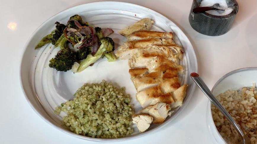 Grilled Lemon Chicken with Herbed Brown Rice, Roasted Broccoli & Red Onions