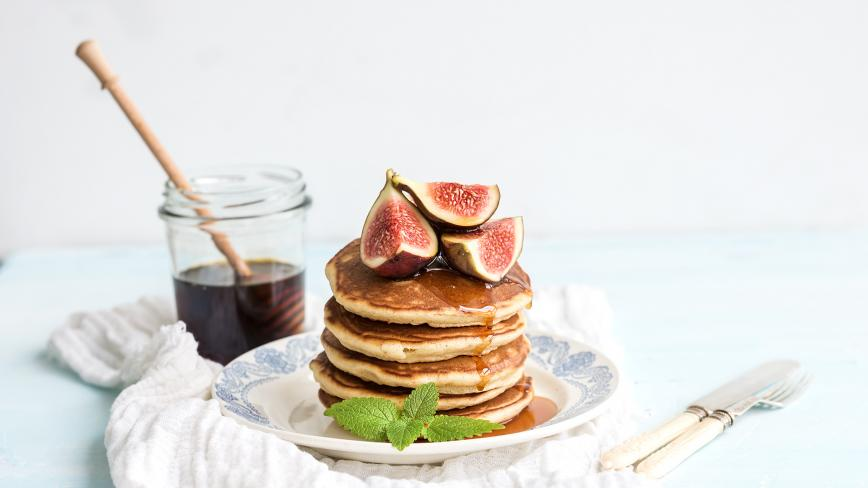 Chai Pancakes with Figs and Syrup