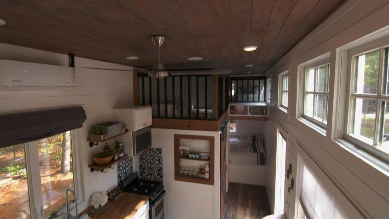 tiny house high ceilings