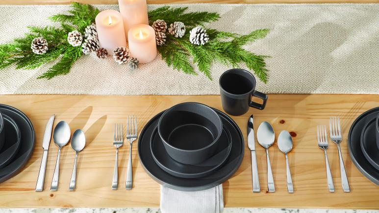 matte dinnerware set
