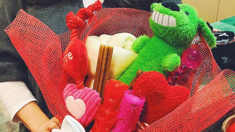 4 Super-Easy DIY Valentine's Day Gifts Everyone Will Love