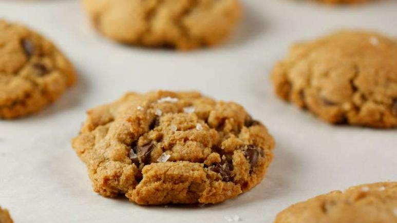 13 Christmas Cookies You Must Bake Right Now Rachael Ray Show