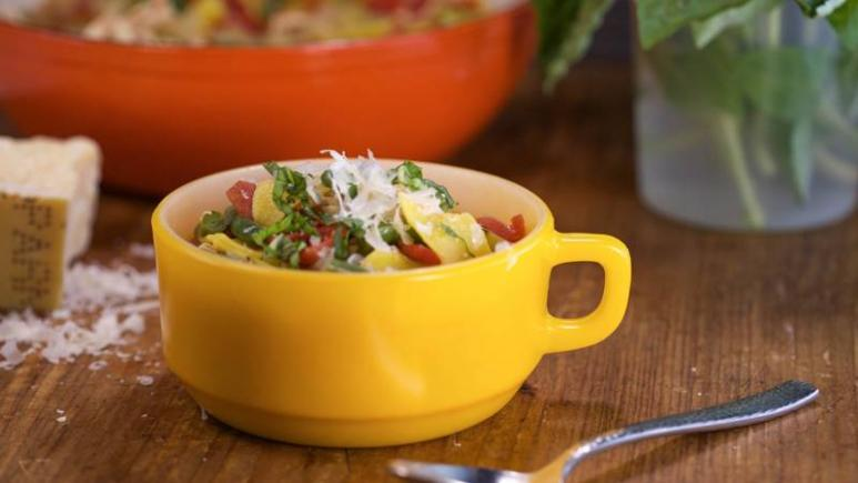 Save Time In The Kitchen With 13 Recipes That Feature Rotisserie Chicken Rachael Ray Show