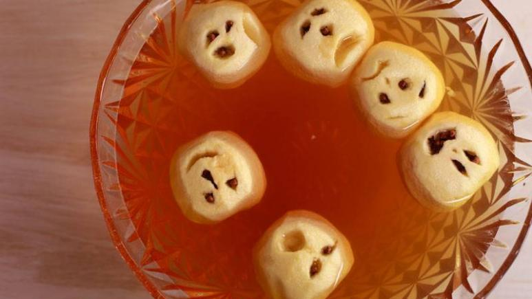 13 Adorably Spooky Halloween Treats to Make and Eat with ...