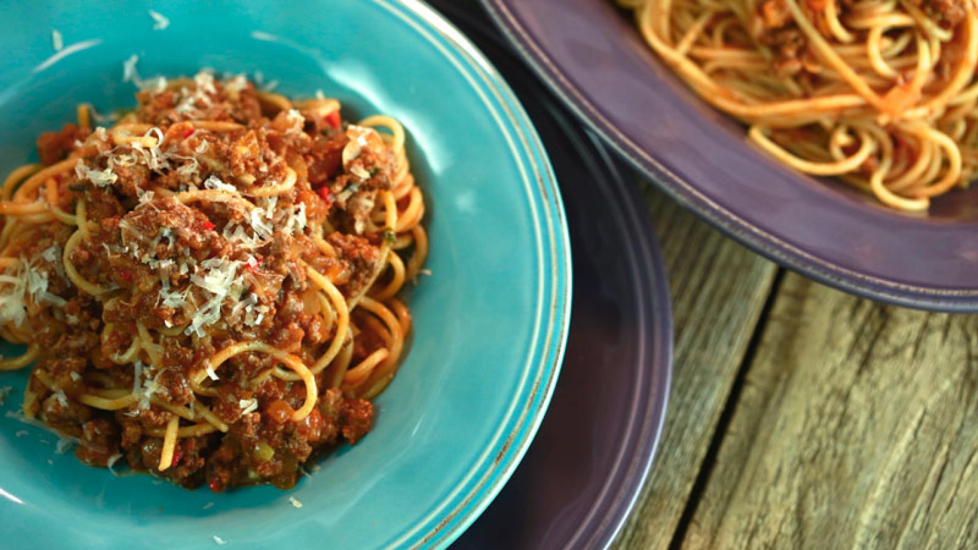 Umami Meat Sauce and Spaghetti   Rachael Ray Show