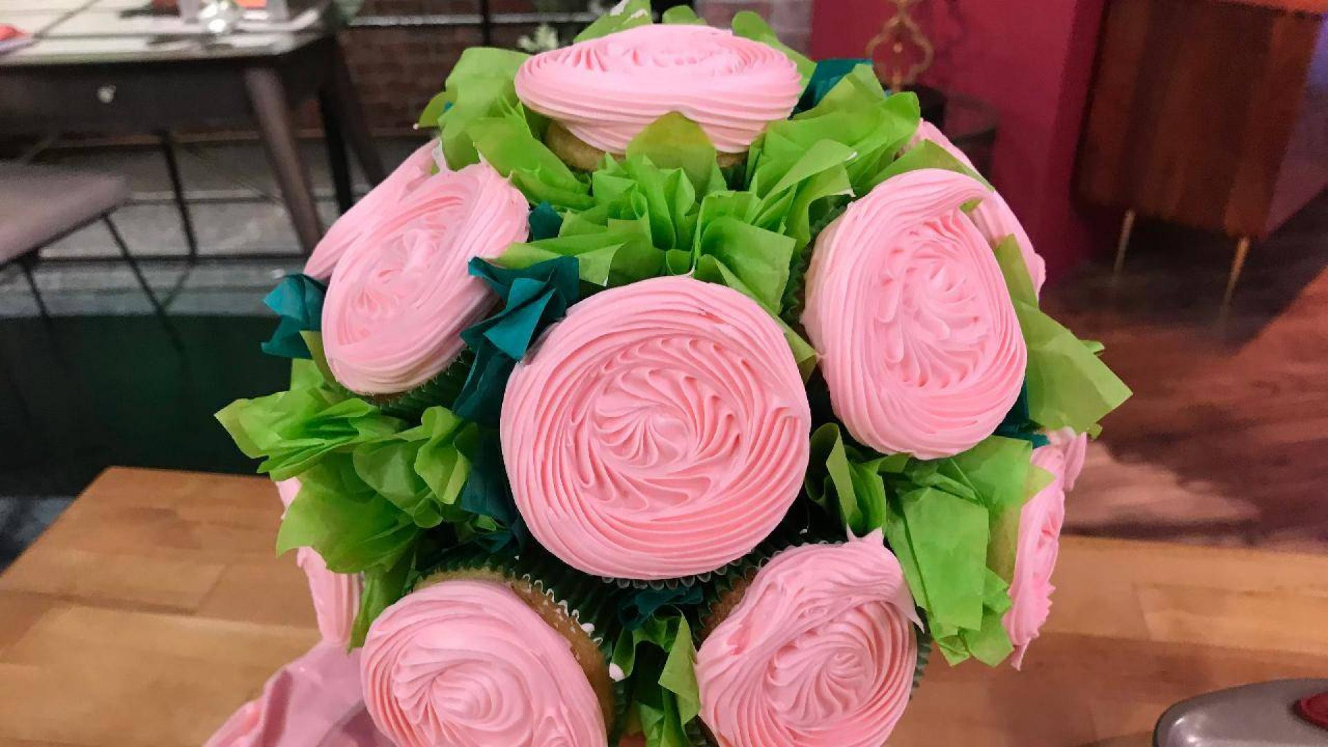 You know whats better than flowers a cupcake bouquet heres how you know whats better than flowers a cupcake bouquet heres how to make one rachael ray show izmirmasajfo